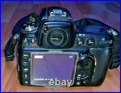 Nikon D700 Camera body only Full frame body-parts or repair READ ALL