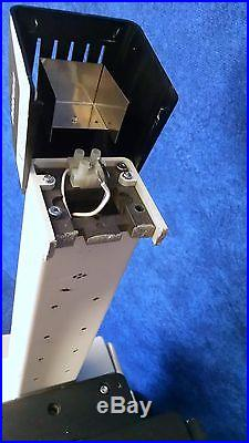 Nikon TE200 Eclipse Phase Contrast Inverted Microscope Body For Parts or Repair